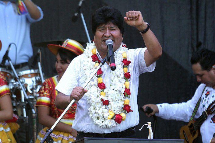 Evo Morales viaja a Cuba por razones de salud