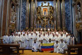 la iglesia venezolana se ofrecio para facilitar el dialogo entre el regimen de nicolas maduro y la oposicion