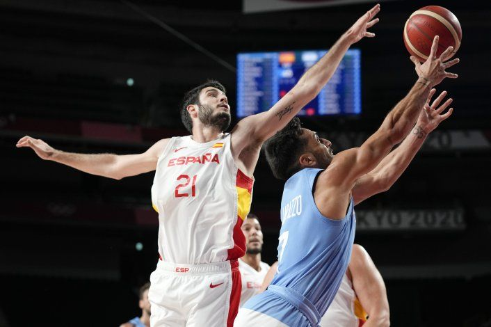 España deja a Argentina al borde del abismo en el baloncesto