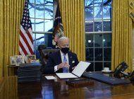 biden firmo 17 ordenes ejecutivas en su primer dia como presidente