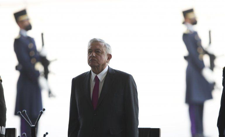Presidente de México critica auditorías a sus proyectos