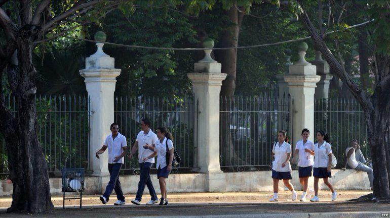 Facultades cubanas de Medicina quedan fuera de las 500 mejores del mundo