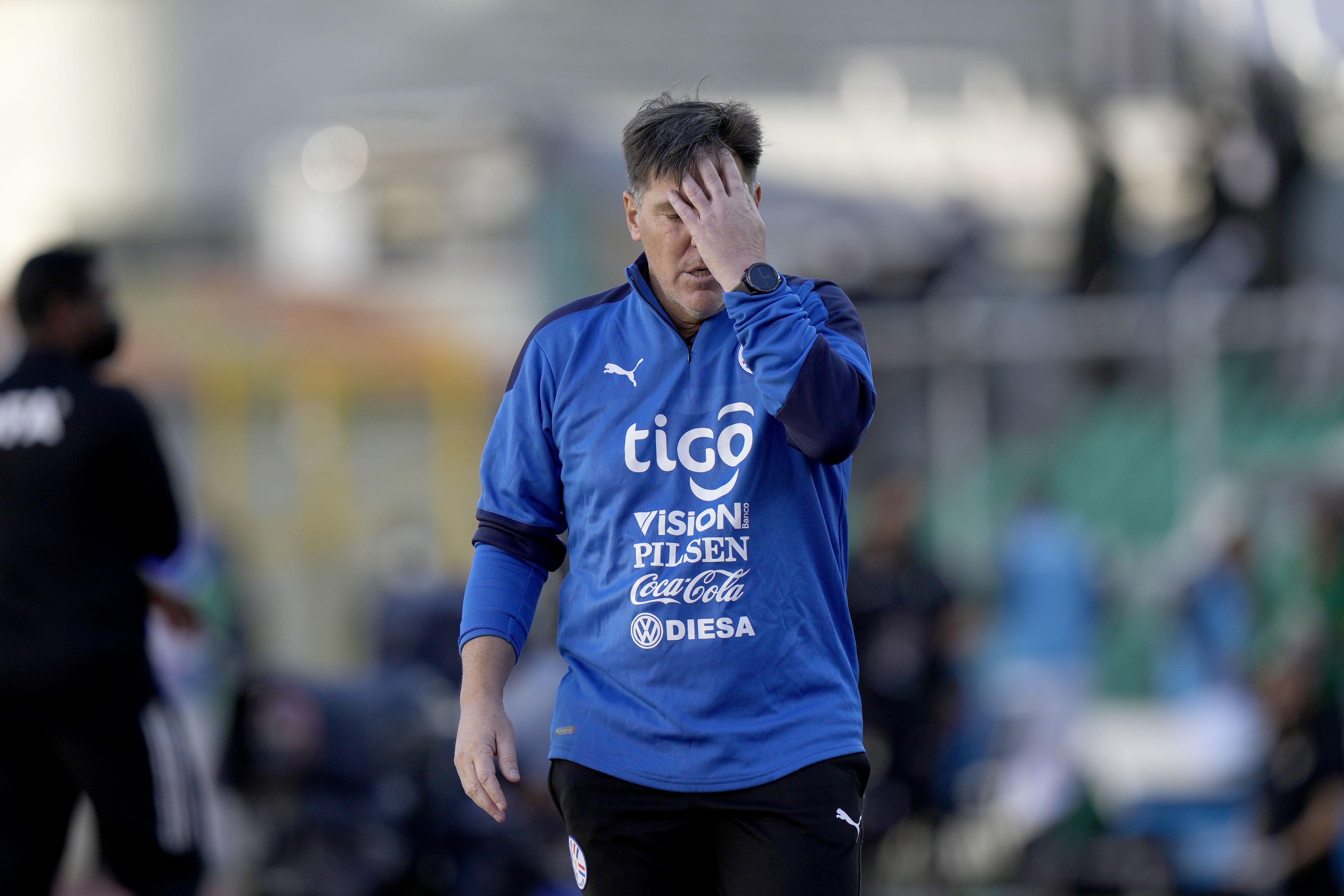 tras goleada en bolivia, paraguay destituye a berizzo