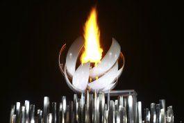 llama olimpica en tokio es la primera que arde con hidrogeno