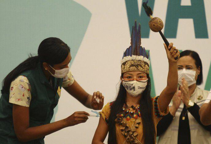 Ciudad brasileña de Manaos inicia vacunación contra COVID-19