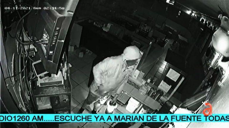 Ladrones roban más de 1,200 dólares en efectivo de un restaurante hondureño en el noroeste de Miami