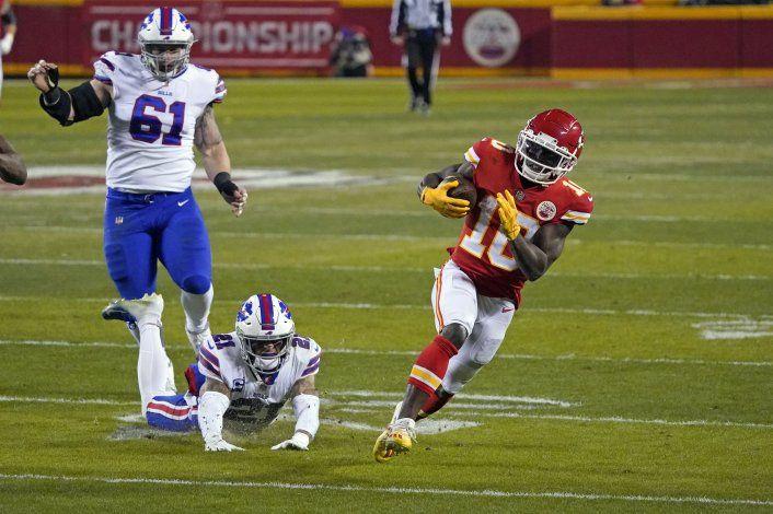 Chiefs vencen 38-24 a Bills y van a 2do Super Bowl seguido
