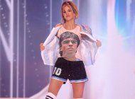 critican a osmel sousa por el traje tipico de miss argentina en honor a maradona