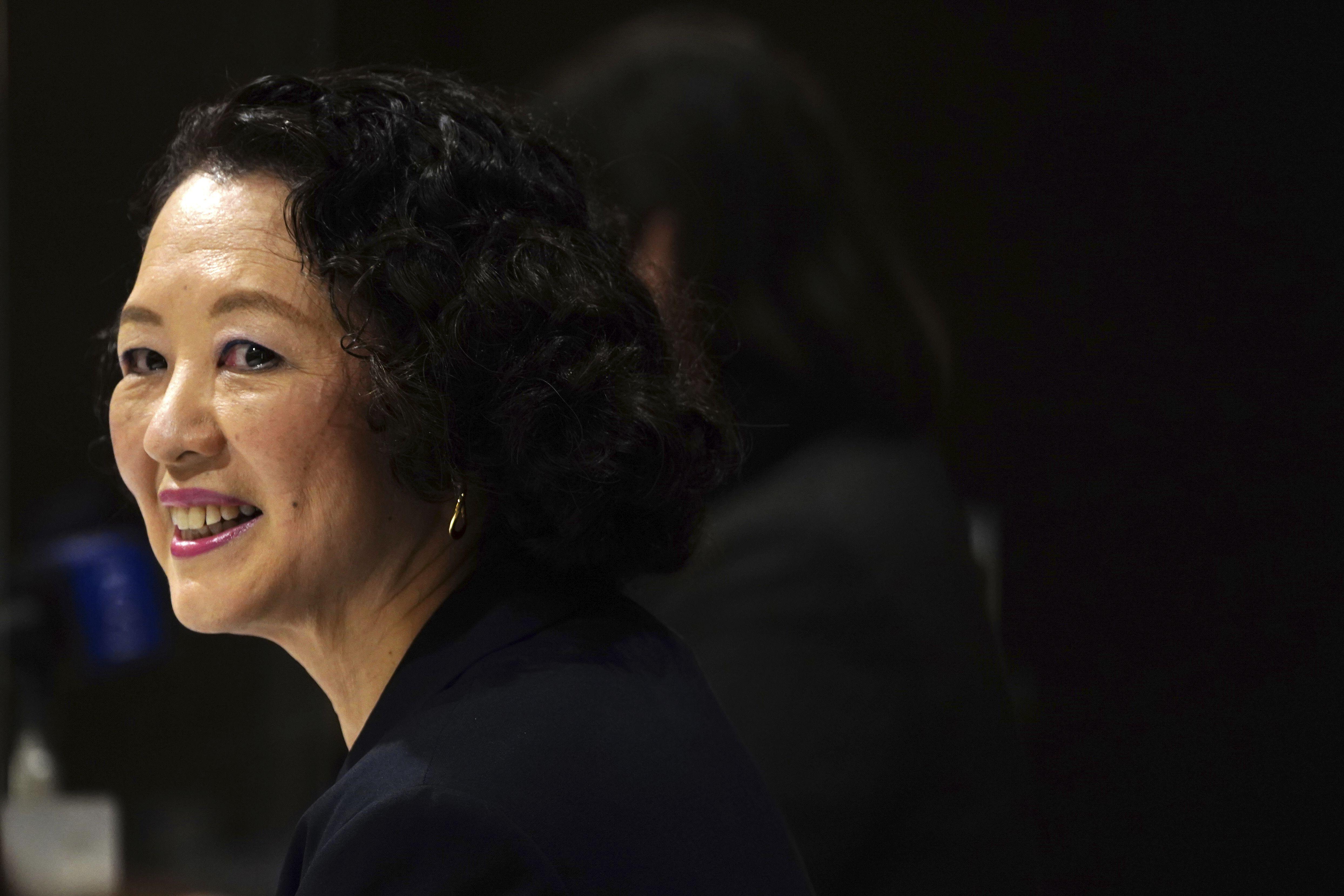 lideresa de federacion promete empoderar mujeres en japon