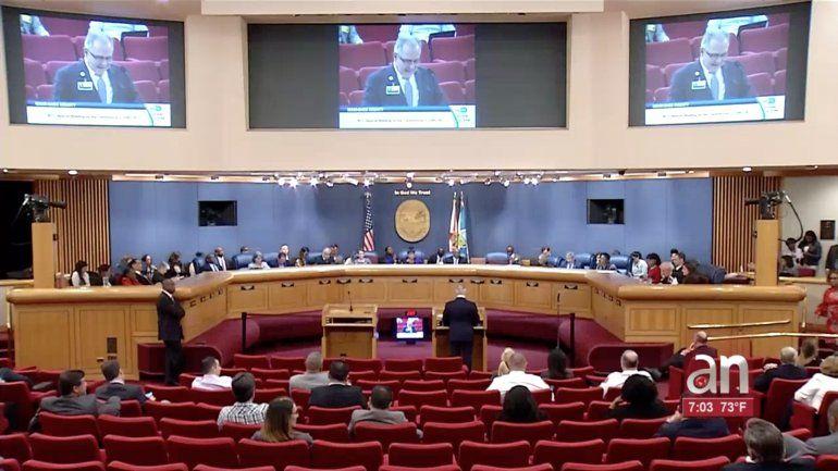 Reunión especial de la comisión del condado Miami-Dade sobre el Coronavirus