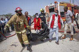 nueve muertos por ataque con bomba en somalia