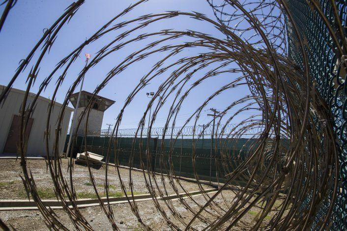 Biden repatria a recluso de Guantánamo por primera vez
