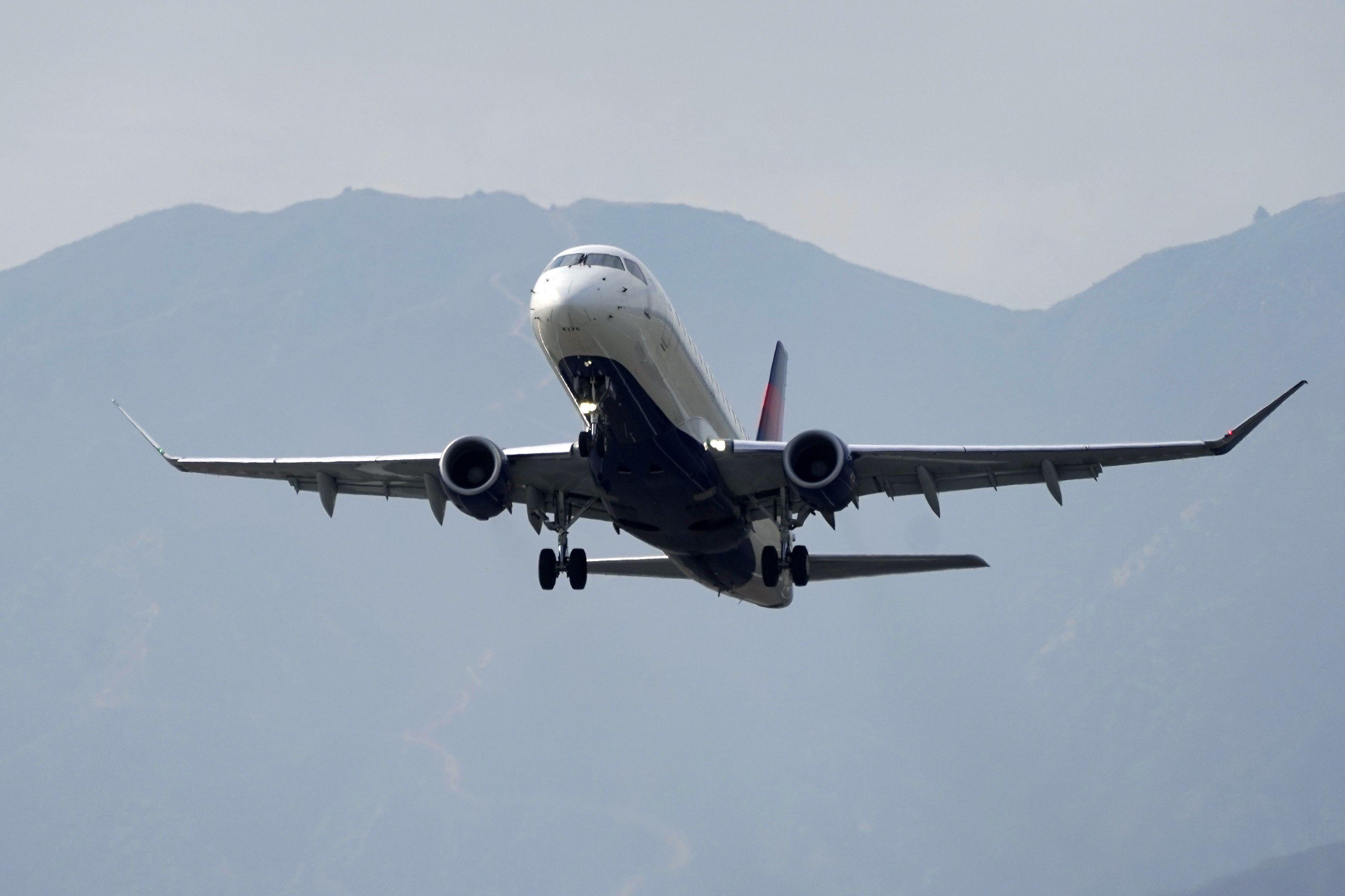 eeuu lanzara software para manejar trafico en aeropuertos