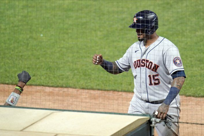 Maldonado, Astros reaccionan, superan 4 jonrones de Mellizos