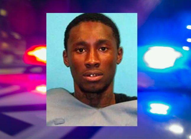 La policía inicia persecución del preso que escapó del Jackson Memorial Hospital ayer en la tarde