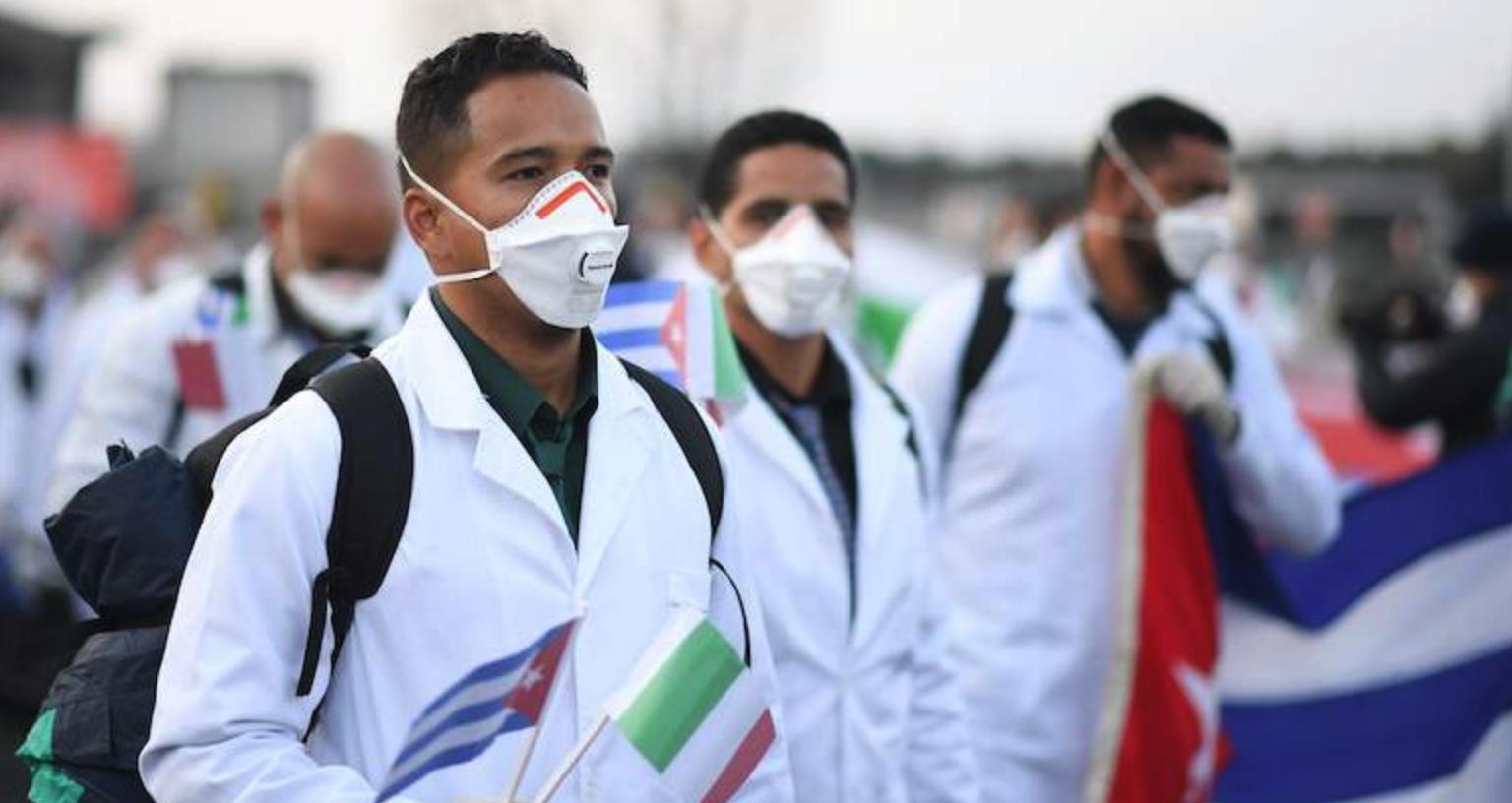 México contrató a Médicos Cubanos por $12 millones sin verificar si tenían el título