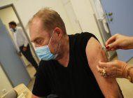 hungria empieza a administrar vacuna china contra covid-19