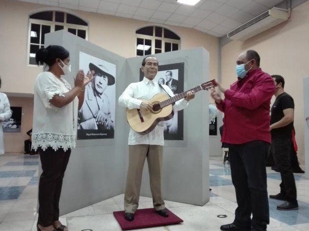 Miguel Matamoros al museo de cera de Bayamo