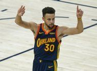 jazz aplasta pero curry es 2do en lista de triples