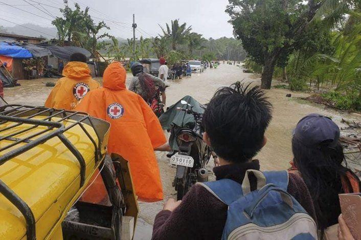 Tifón provoca apagones en el este de Filipinas
