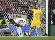 5 italianos en el equipo ideal de la euro, cristiano fuera