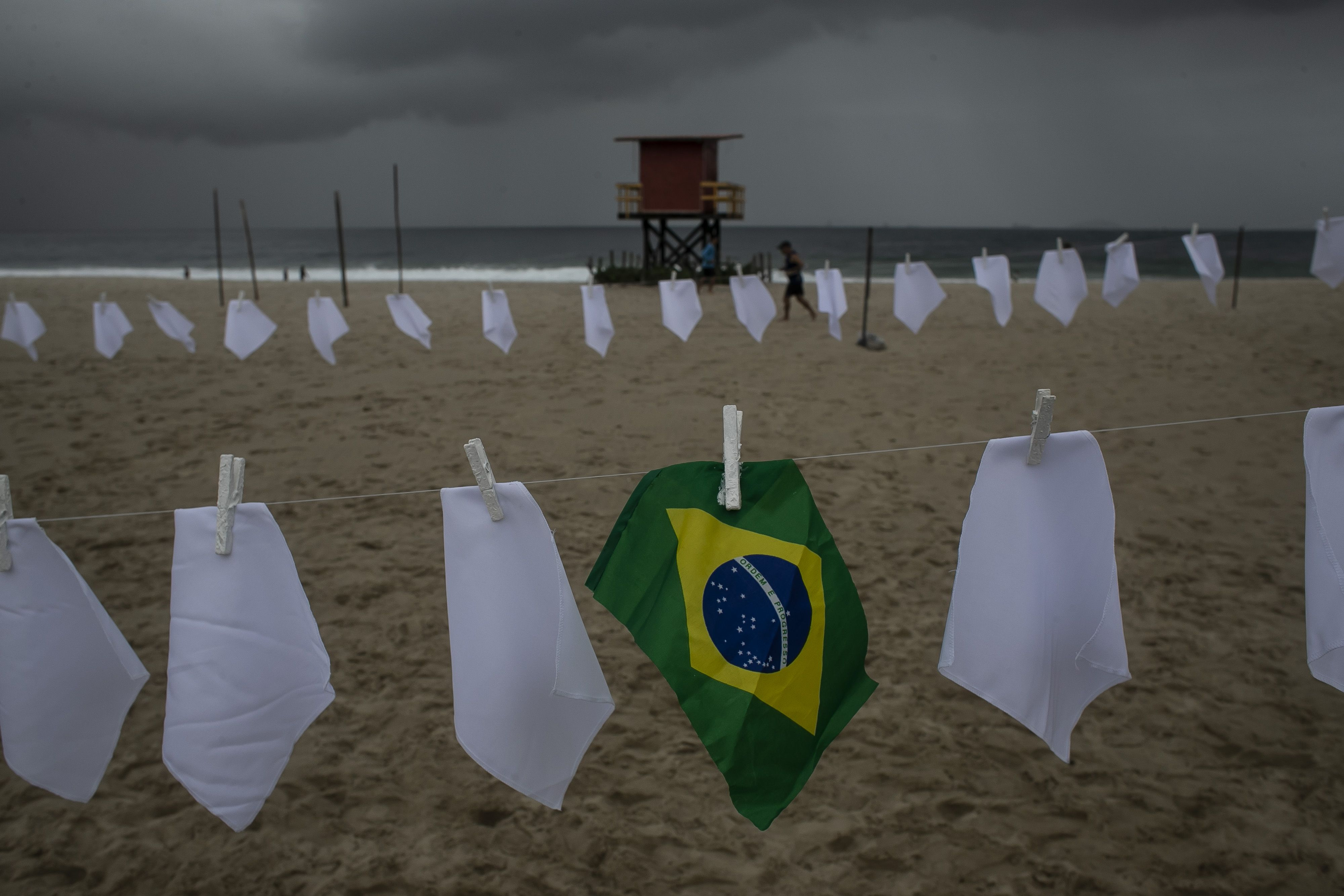 brasil llega a 600.000 muertos por covid-19