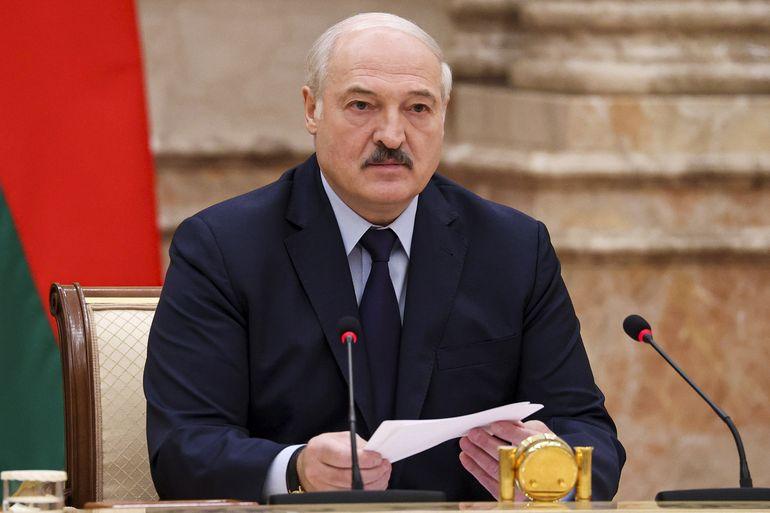 Presidente de Bielorrusia anuncia referendo constitucional
