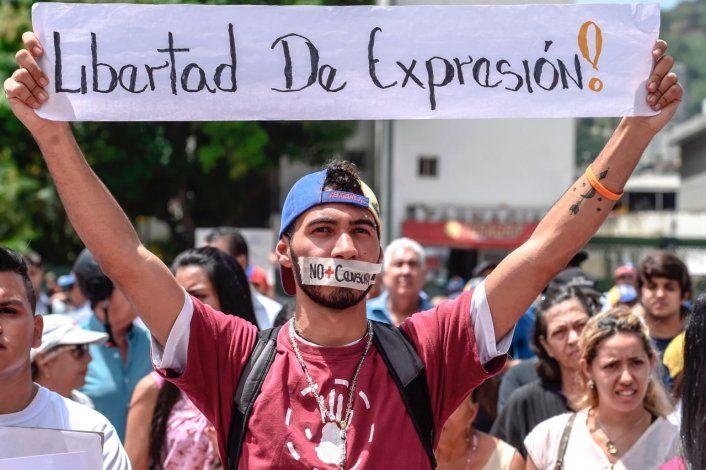 La ONG Espacio Público computó 965 violaciones a la libertad de expresión en Venezuela el año pasado