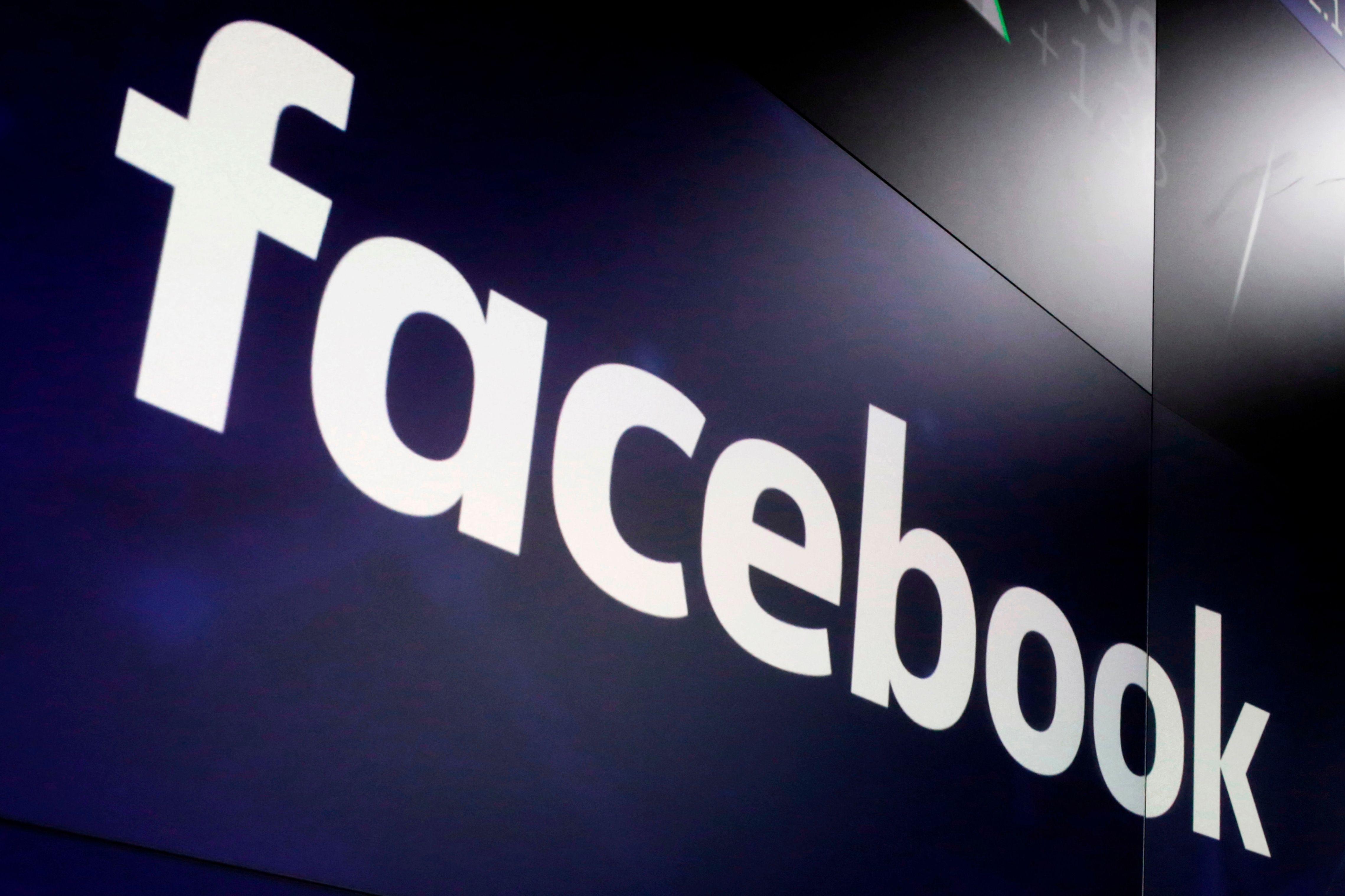 gran bretana multa a facebook por violar reglas en pesquisa