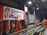 china: 21 mineros atrapados por una inundacion subterranea