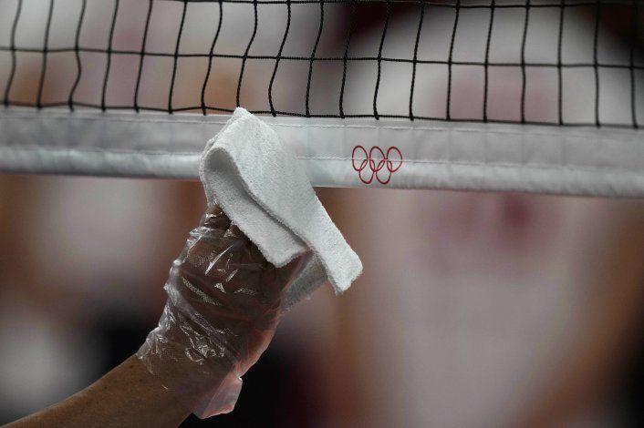 3 atletas entre nuevos casos de COVID en Tokio