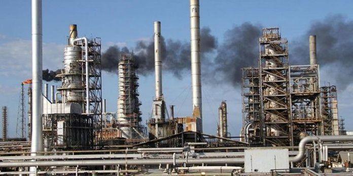 Pdvsa logra reactivar refinación de gasolina en Cardón