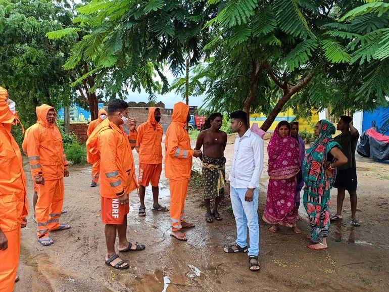 Un ciclón inunda partes de la costa oriental de India