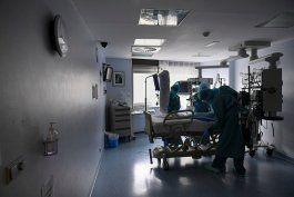 la cantidad de hospitalizaciones por covid-19 se coloca en 74