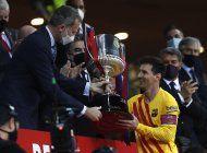 doblete de messi da a barcelona su 31ra copa del rey