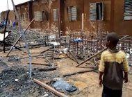 incendio en escuela de niger mata a 20 ninos