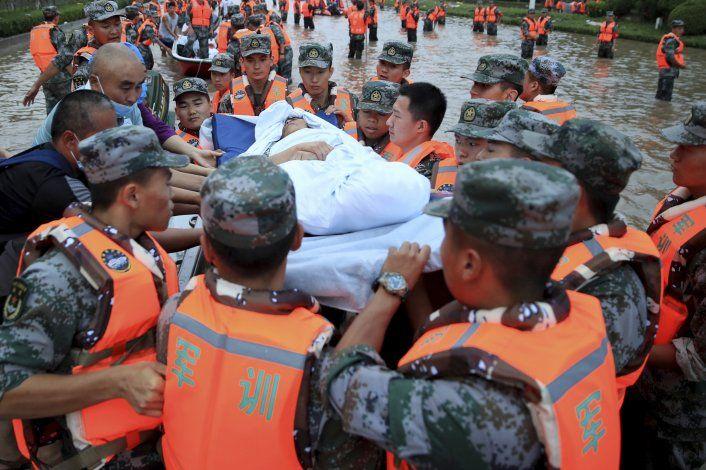 Suben a 51 los muertos por inundaciones en centro de China