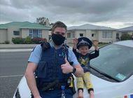 agente neozelandes responde a aviso de nino por sus juguetes
