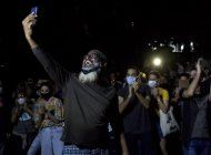 gobierno recibe a artistas que piden mas tolerancia en cuba