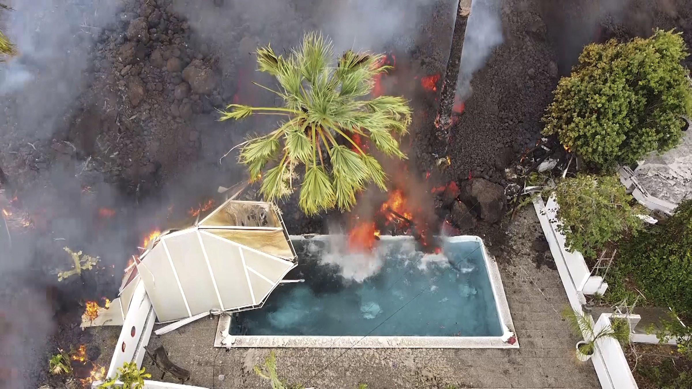 nervios en isla espanola por amenaza de lava y sismos