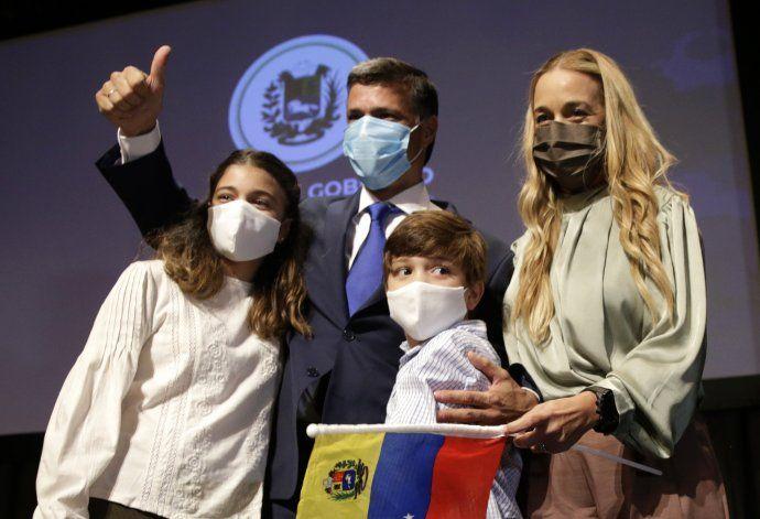 Desde España, López promete luchar para liberar a Venezuela