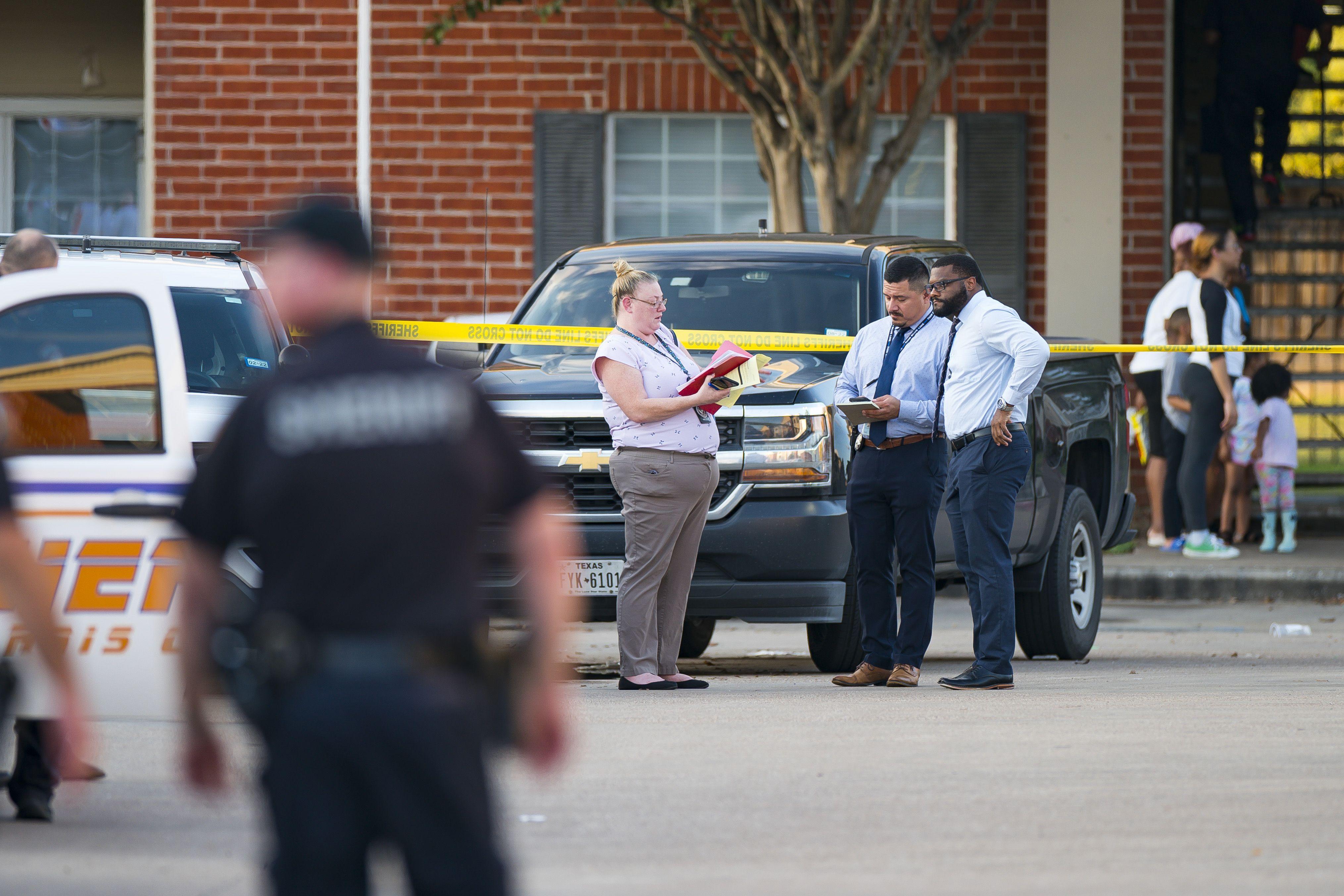 Hallan restos óseos de un menor en un apartamento en Houston