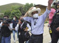 peru: izquierdista castillo promete nacionalizar minas y gas