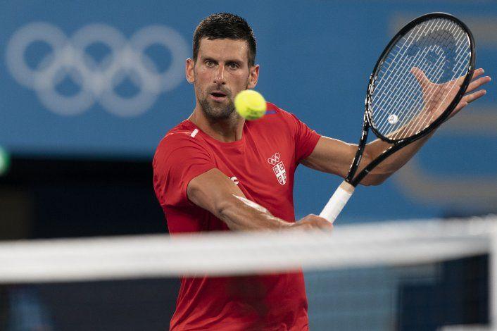 Djokovic sabe que la historia está en juego en Tokio
