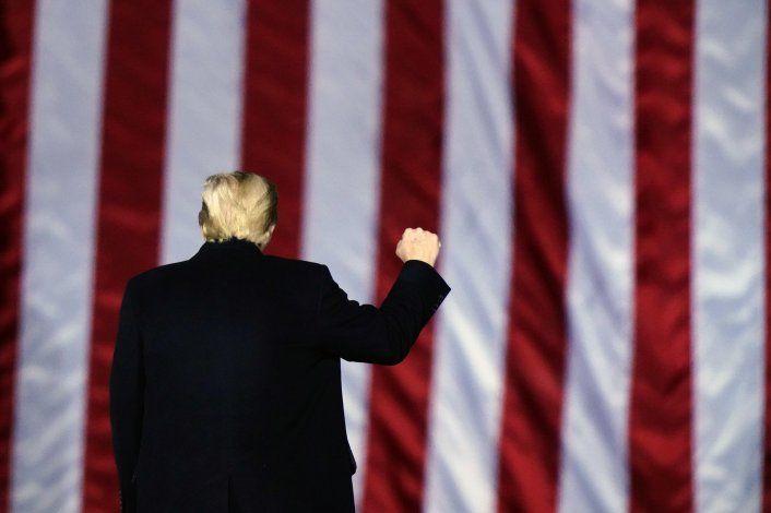Trump visita frontera en Texas en últimos días en el cargo
