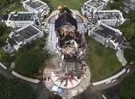 indonesia halla mas cuerpos, despeja carreteras tras sismo