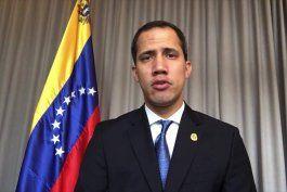 juan guaido llamo a los venezolanos a no salir el 6 de diciembre