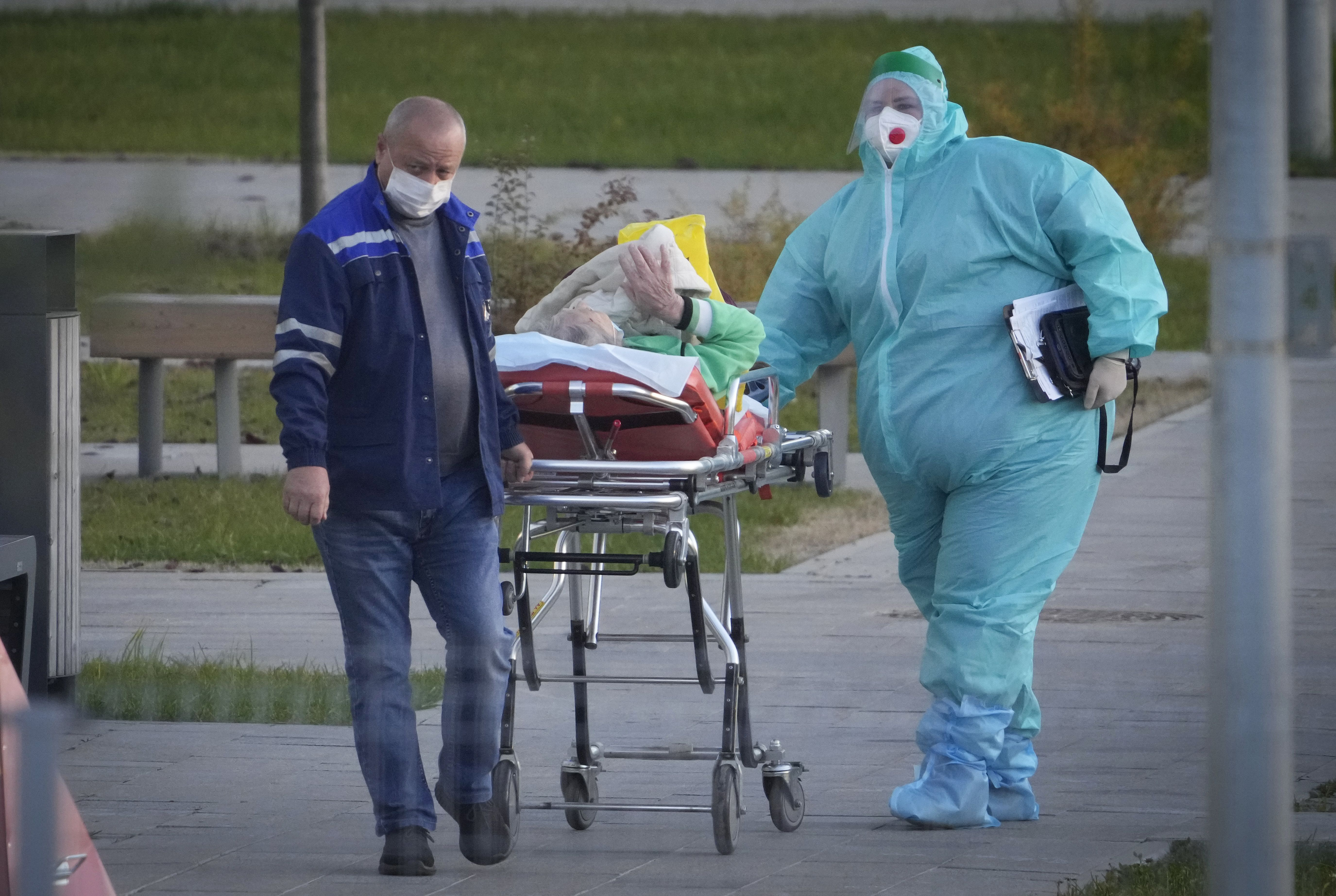 rusia bate otro record de muertes por covid-19
