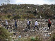 buscan desaparecidos en mexico, son blanco de los asesinos