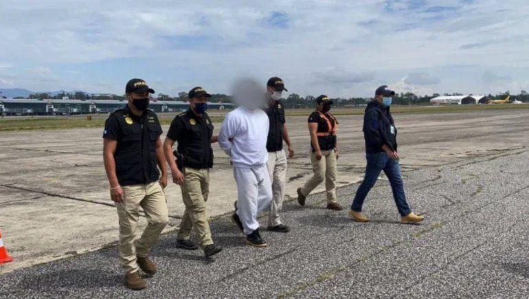 EEUU deporta a guatemalteco acusado de masacre en 1982